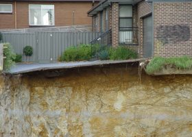 https://sourceable.net/aussie-engineers-must-better-manage-risk-retaining-walls/