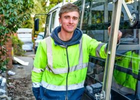 https://sourceable.net/tradespeople-ride-construction-jobs-boom/