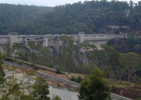 https://sourceable.net/warragamba-dam-wall-draft-report-flawed/