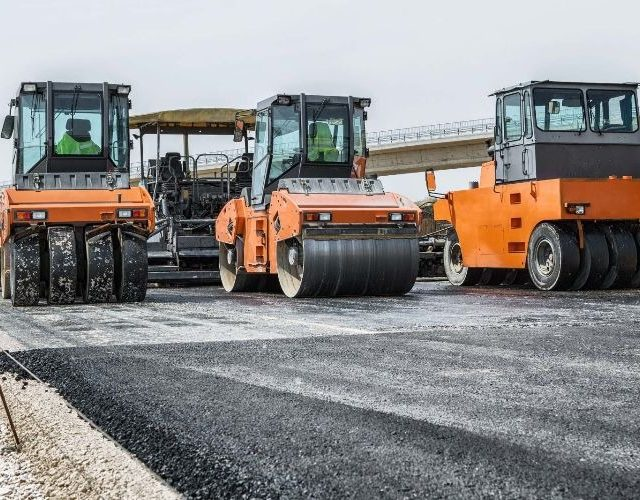 Fed govt flags faster cash for roads, rail