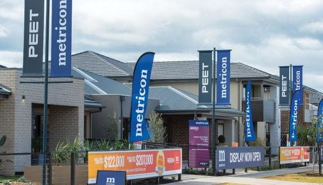 Victorian Builders Fight for Sales Reopening