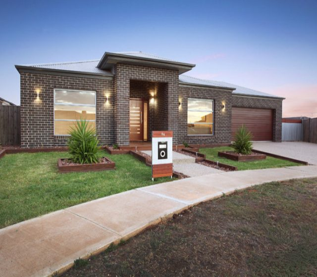COVID Hits Melbourne and Sydney House Prices