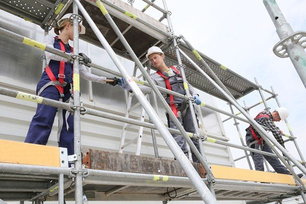 https://sourceable.net/minister-blasts-construction-industry-on-scaffolding-safety/