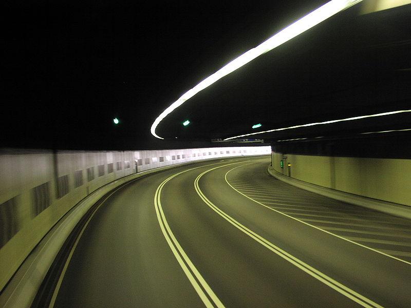 https://sourceable.net/sydney-road-tunnel-gets-go-ahead/