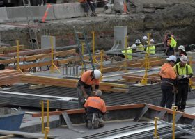 https://sourceable.net/victoria-puts-construction-sector-on-notice-over-covid-safety/