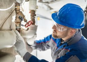 https://sourceable.net/construction-workers-and-employers-must-manage-asbestos-risk/