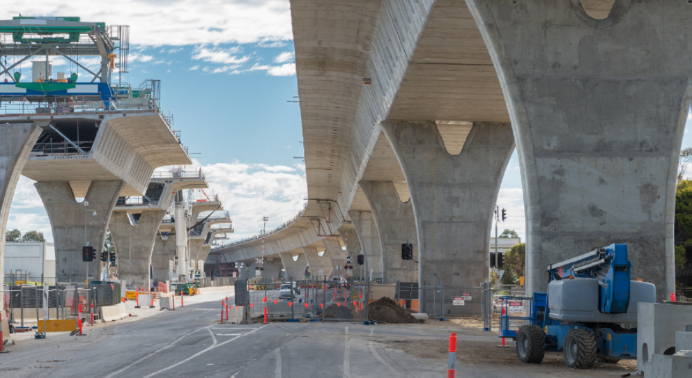 https://sourceable.net/australia-faces-major-shortages-on-record-infrastructure-build/
